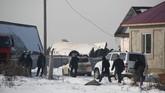 Sampai saat ini dilaporkan 66 orang terluka dalam kejadian tersebut dan dilarikan ke rumah sakit. (Photo by Ruslan PRYANIKOV / AFP)