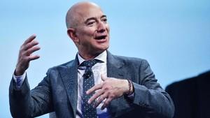 Cara Pangeran Saudi Bajak Ponsel Jeff Bezos Lewat WhatsApp