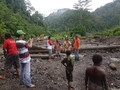 Banjir Manokwari, Jalur Trans Papua Barat Tertimbun Longsor