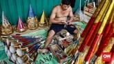 Bupati Bogor sementara itu mengimbau warganya untuk tidak berlebihan merayakan malam tahun baru seperti menyalakan kembang api, konvoi di jalanan, serta meniup terompet. CNN Indonesia/Andry Novelino