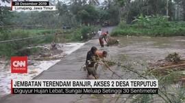 VIDEO: Jembatan Terendam Banjir, Akses 2 Desa Terputus