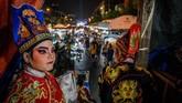 Salah satu desainer kostum opera Tionghoa mengaku bahwa pementasan serupa telah mengalami penurunan tajam dari segi kehadiran penonton dan penampilan. (Photo by Mladen ANTONOV / AFP)