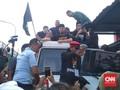 Kenakan Peci Hitam, Ahmad Dhani Resmi Bebas dari Penjara