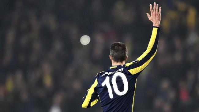 Salah satu penyerang berbahaya yang dimiliki Belanda Robin Van Persie menjalani laga terakhir sebagai pesepakbola pada 12 Mei 2019 dengan memperkuat Feyenoord. (OZAN KOSE / AFP)