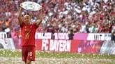 Belanda juga kehilangan Arjen Robben yang memutuskan pensiun pada 4 Juli 2019. Robben terakhir sukses mengantarkan Bayern Munchen juara Bundesliga. (John MACDOUGALL / AFP)