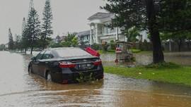 Warga Bekasi Terjebak di Rumah, BPBD Sebut Perahu Karet Minim