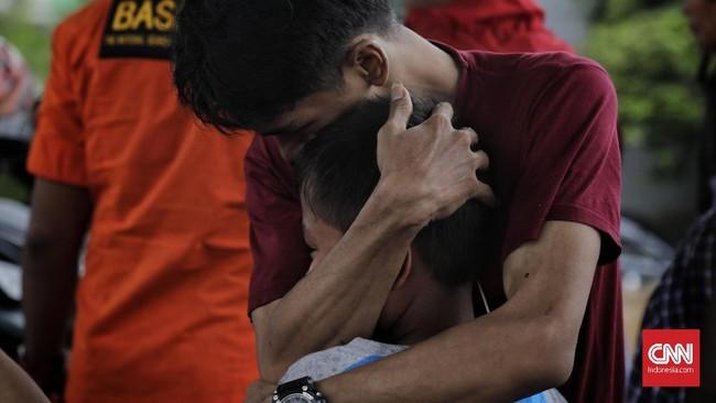 Pemprov DKI Jakarta mencatat lebih dari 19 ribu jiwa mengungsi akibat banjir, 1Januari 2020. (CNN Indonesia/Adhi Wicaksono)