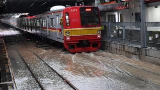 Banjir Jakarta, Perjalanan KA dan KRL Jakarta Alami Gangguan