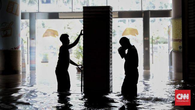 Total 3.100 Gardu Listrik Jabodetabek Dimatikan Akibat Banjir