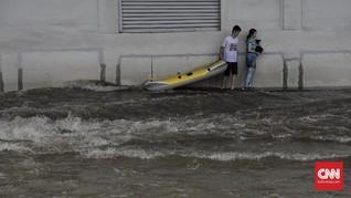 Banjir Ciputat, Penghuni Green Lake View Mengungsi