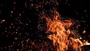 Kebakaran Kampung Pulo Telan Dua Korban Meninggal
