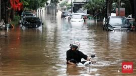 Kamis Pagi, Warga Tebet Masih Terdampak Banjir Jakarta