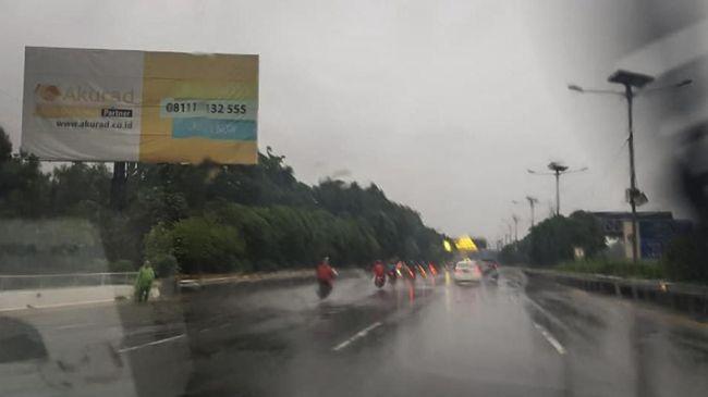 Banjir, Motor Diperbolehkan Masuk Tol Bintara-Tanjung Priok