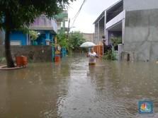 Banjir Masih Kepung Cakung Timur, Warga: Cari Makan Susah!