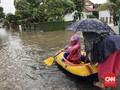 Sebagian Warga Cipinang Melayu Mengungsi Akibat Banjir