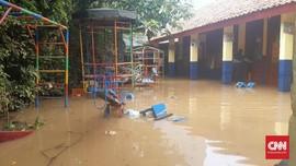 Cerita 'Malam ke Subuh' Warga Bukit Duri Diterjang Banjir