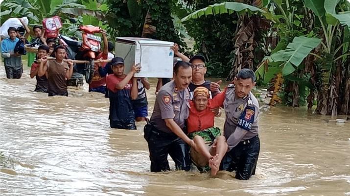 Badan Nasional Penanggulangan Bencana (BNPB) mencatat Ada 203 kejadian bencana hingga 20 Januari 2019 pukul 10.00 WIB.