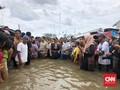 Warga Teriak Kelaparan Saat Anies Tinjau Banjir Jakarta