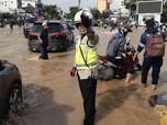 Mohon Maaf, KRL & Transjakarta Belum Operasi Normal Hari Ini