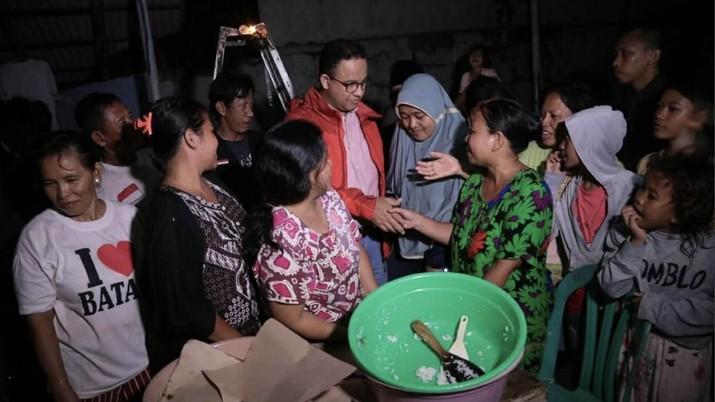 Gubernur DKI Jakarta Anies Baswedan kembali melontarkan pernyataan yang mengkritik penanganan banjir yang dilakukan era Gubernur sebelumnya.