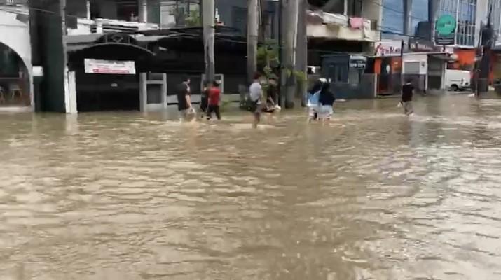 Pak Anies, Banjir di Jakarta Barat Sudah 2 Hari Belum Surut
