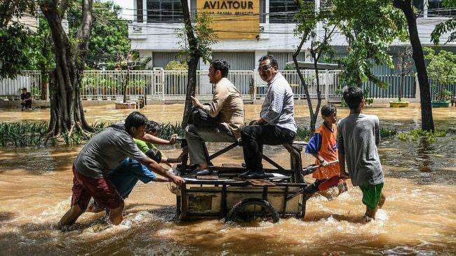 3 Penggugat Anies Tak Datang, Sidang Gugatan Banjir Ditunda