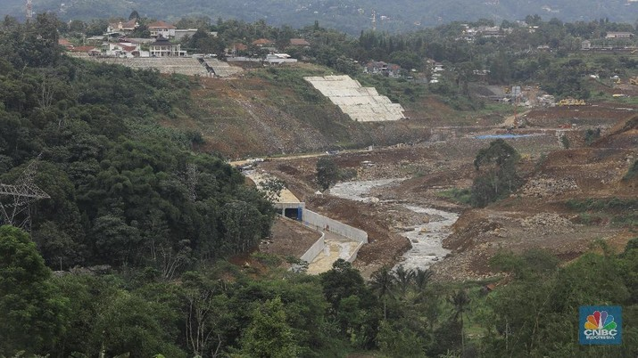 Suasana proyek pembangunan Bendungan Sukamahi dan Ciawi di Kawasan Gadog, Bogor Jawa Barat. (CNBC Indonesia/Muhammad Sabki)