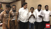 Dilarang Hakim, Aktivis Papua Akan Tetap Pakai Koteka