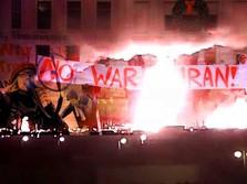 Pengamat: Serangan Iran ke AS Berbahaya & Bisa Lepas Kendali
