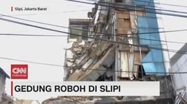 VIDEO: Bangunan Ruko Roboh di Kawasan Slipi