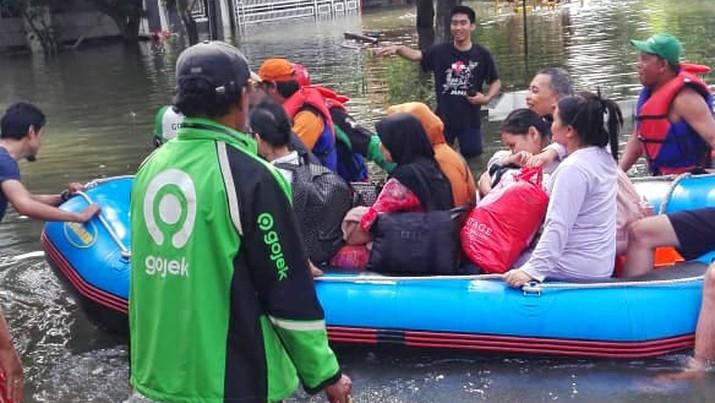 Mitra Driver Apresiasi Respon Cepat Gojek Tanggulangi Banjir