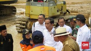 Jokowi Minta Warga Sukajaya Bogor Korban Longsor Direlokasi