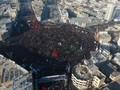 VIDEO: Ribuan Warga Iran Hadiri Pemakaman Jenderal Soleimani