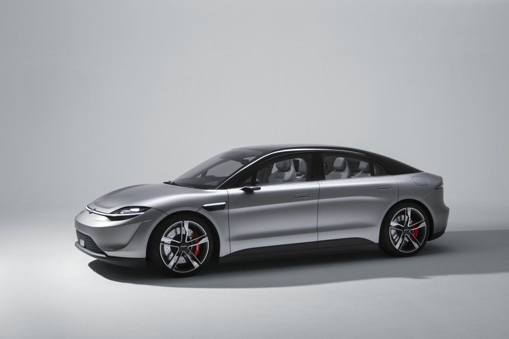 Sony Vision-S merupakan mobil sedan dengan konsep listrik yang ramah lingkungan dan juga memiliki fitur hiburan berteknologi tinggi. (Ist via sony.co.uk)