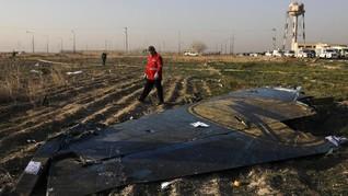 Pesawat Ukraina Ditembak 2 Rudal sampai Pemimpin Baru ISIS