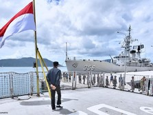 Jokowi Kerahkan Nelayan ke Natuna, Luhut Akui Sempat Tertunda