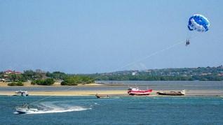 Wahana Watersport di Tanjung Benoa Terkendala Angin Kencang