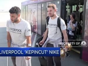 Tinggalkan New Balance, Liverpool Kepincut Nike
