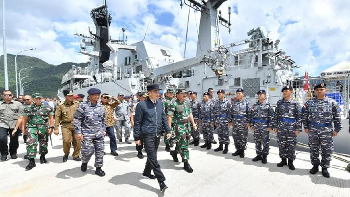 Kunjungan Jokowi ke Natuna dilakukan di tengah klaim China atas perairan di sekitar Kepulauan Nansha (Spratly Islands).