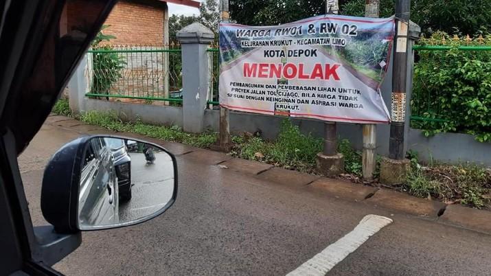 Tol Cijago ditolak oleh sebagian warga Krukut, Depok.