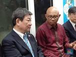 Berkunjung ke RI, Menlu Jepang Jajal MRT Jakarta