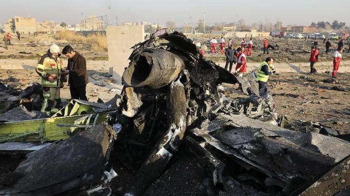 Salah tembak pesawat Boeing 737-800 milik Ukraina buat protes terjadi di Iran.