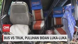 VIDEO: Bus vs Truk, Puluhan Bidan Luka-Luka