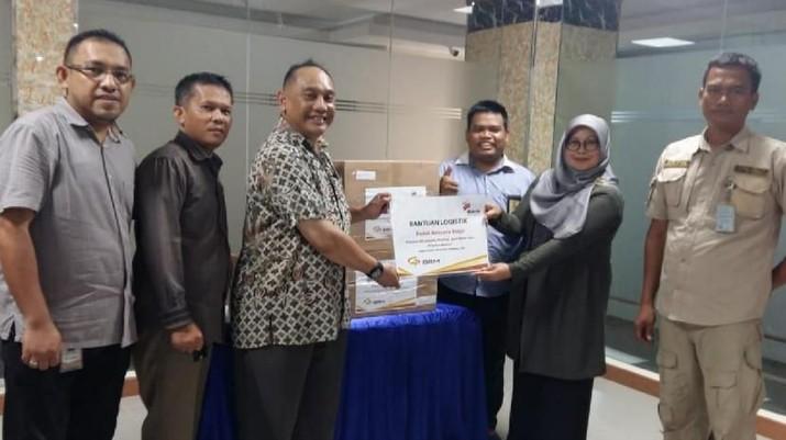 BRMS menyalurkan bantuan logistik untuk korban banjir di Jakarta, Jawa Barat dan Banten, berupa 18 paket.