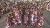 Setiap kali diadakan, ribuan pengunjung masuk ke ibu kota Porto-Novo, seolah mereka merayakan kembali voodoo di negara kelahirannya. (Yanick Folly/AFP)