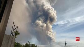 VIDEO: Gunung Taal Meletus, 170 WNI Tinggal di Wilayah Bahaya