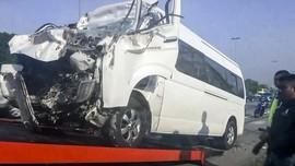 FOTO: Kondisi Mobil Ringsek di Kecelakaan Kento Momota