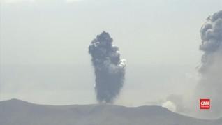 VIDEO: Gunung Taal Erupsi, Puluhan Ribu Warga Dievakuasi