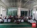 Tandingi Demo, Massa Bela Anies Bersiaga di Balai Kota