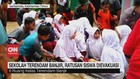VIDEO: Sekolah Terendam Banjir, Ratusan Siswa Dievakuasi